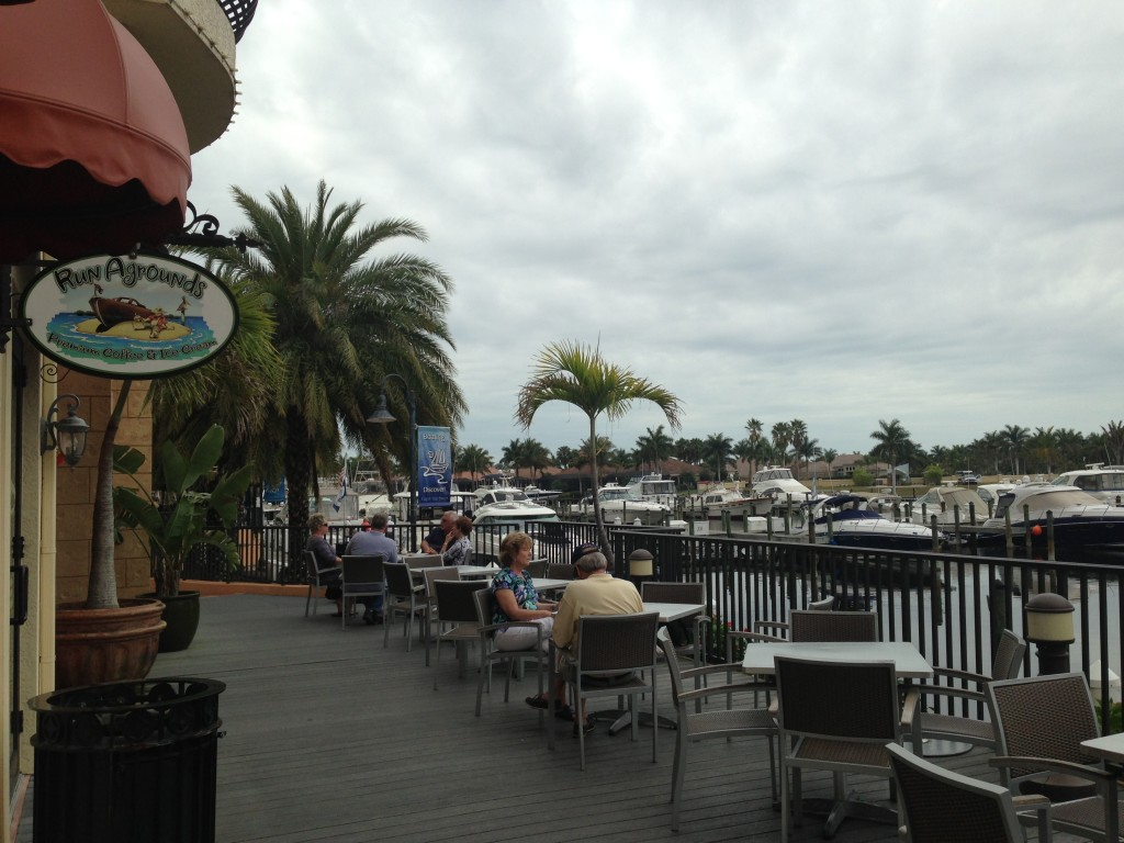 Outdoor seating next to the marina at RunAgrounds.