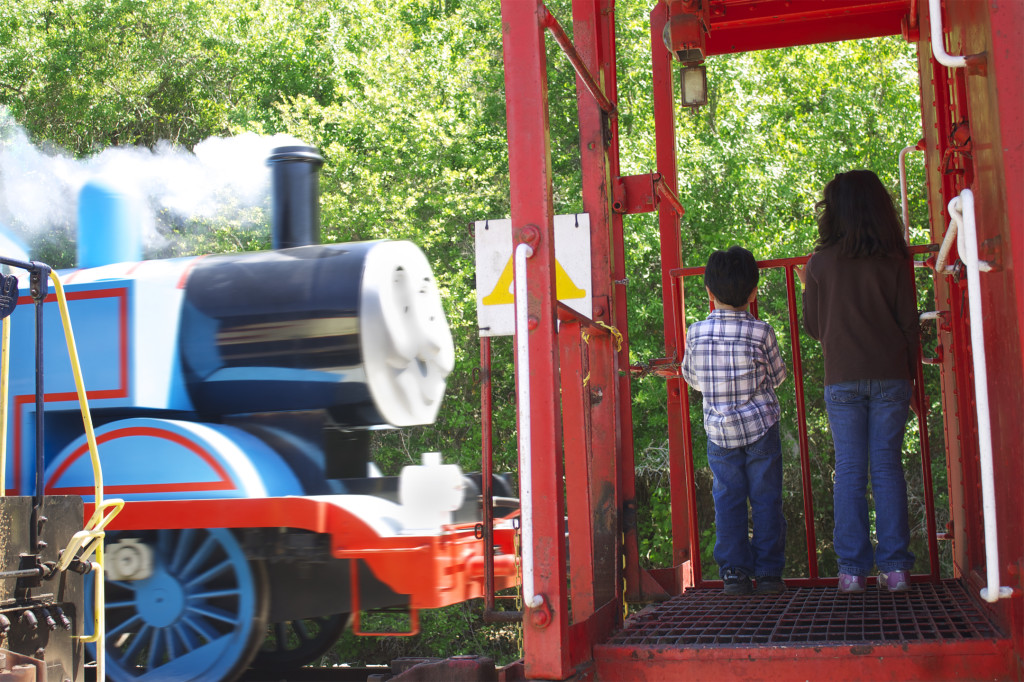 Thomas puffing smoke as he takes kids for a ride at the Florida Railroad Museum. Photo: Paula Bendfeldt-Diaz. All rights reserved.