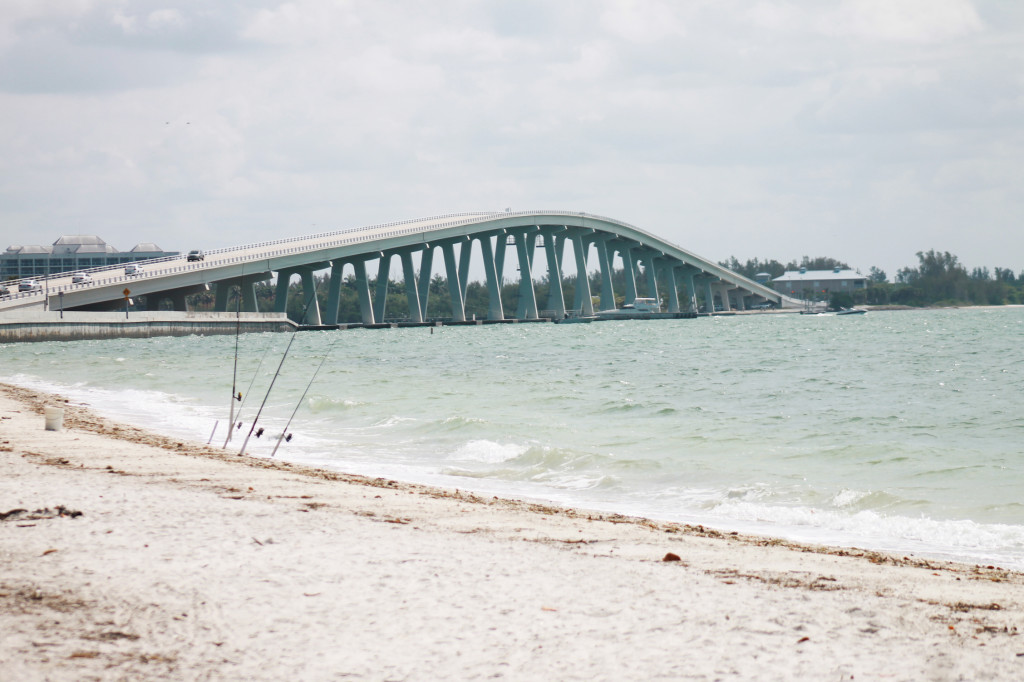 Sanibel Causeway, the road to paradise. Photo Paula Bendfeldt-Diaz. All Rights Reserved.