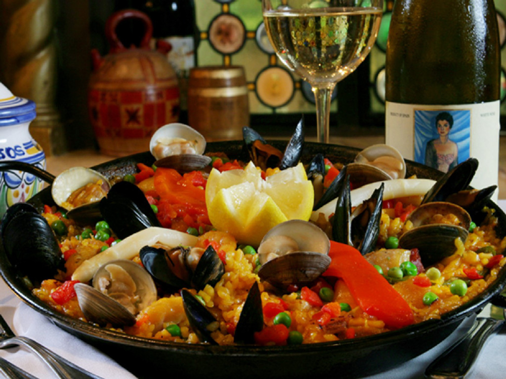 Paella a la Valenciana. Photo courtesy of Columbia Restaurant.