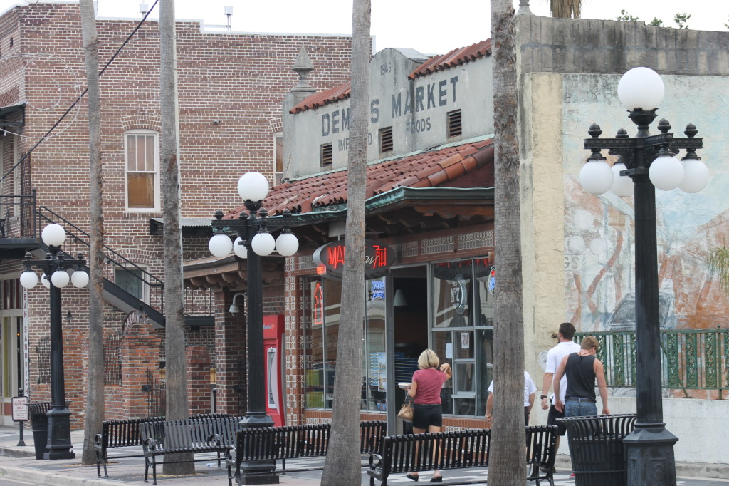 Historic character, restaurants and bars in Ybor City. Photo: Paula Bendfeldt-Diaz.