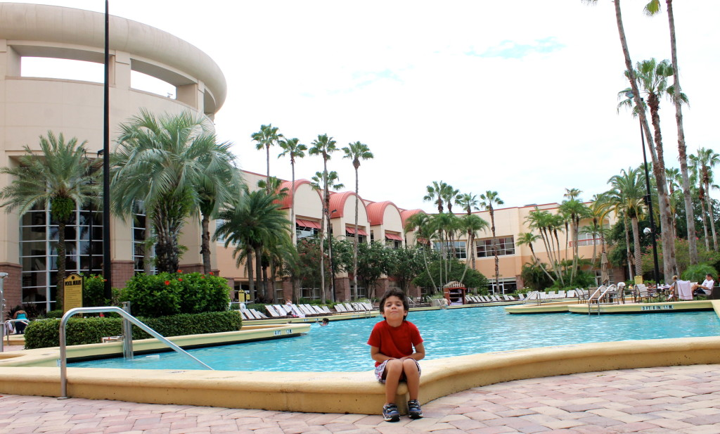 pool at Rosen Center Hotel