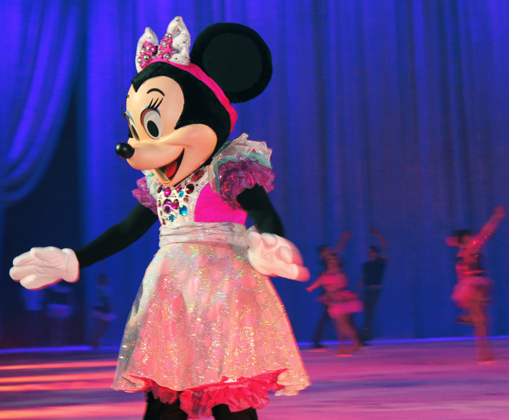 Minnie at Disney on Ice Rockin Ever after show