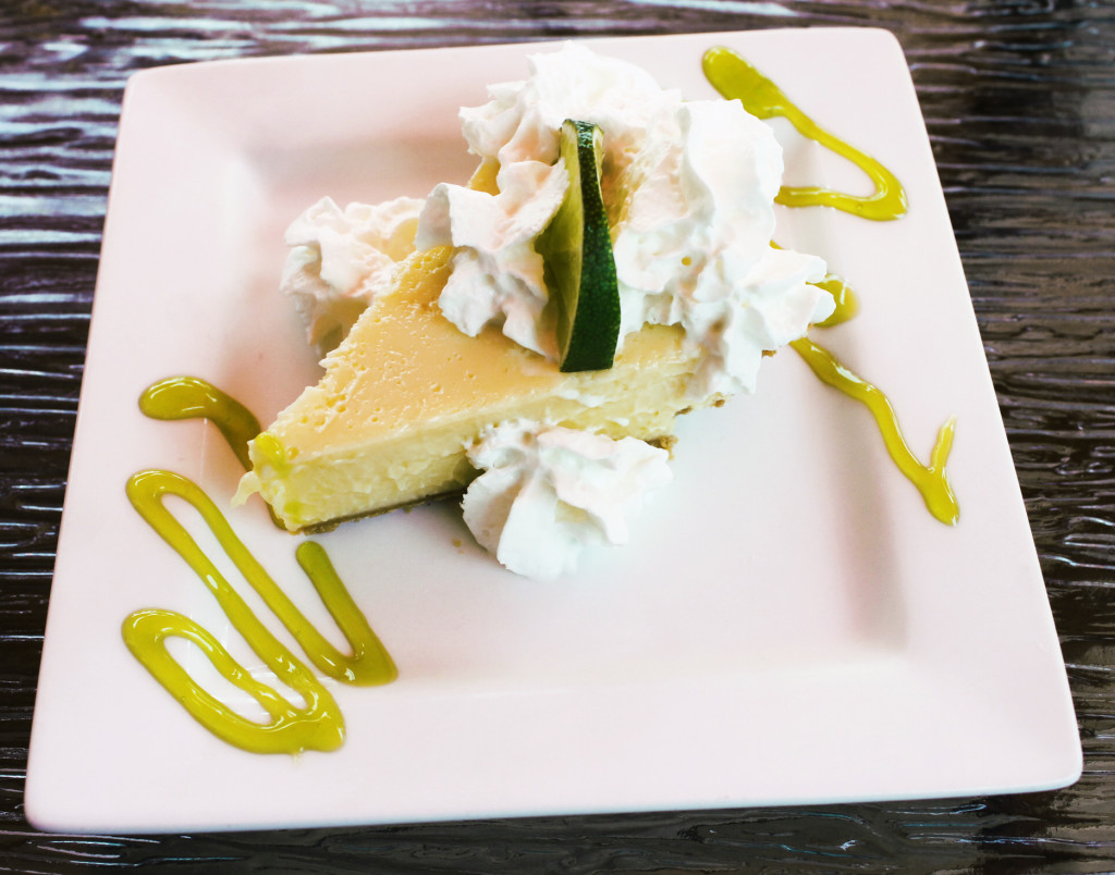 Matanzas restaurant Fort Myers beach key lime pie