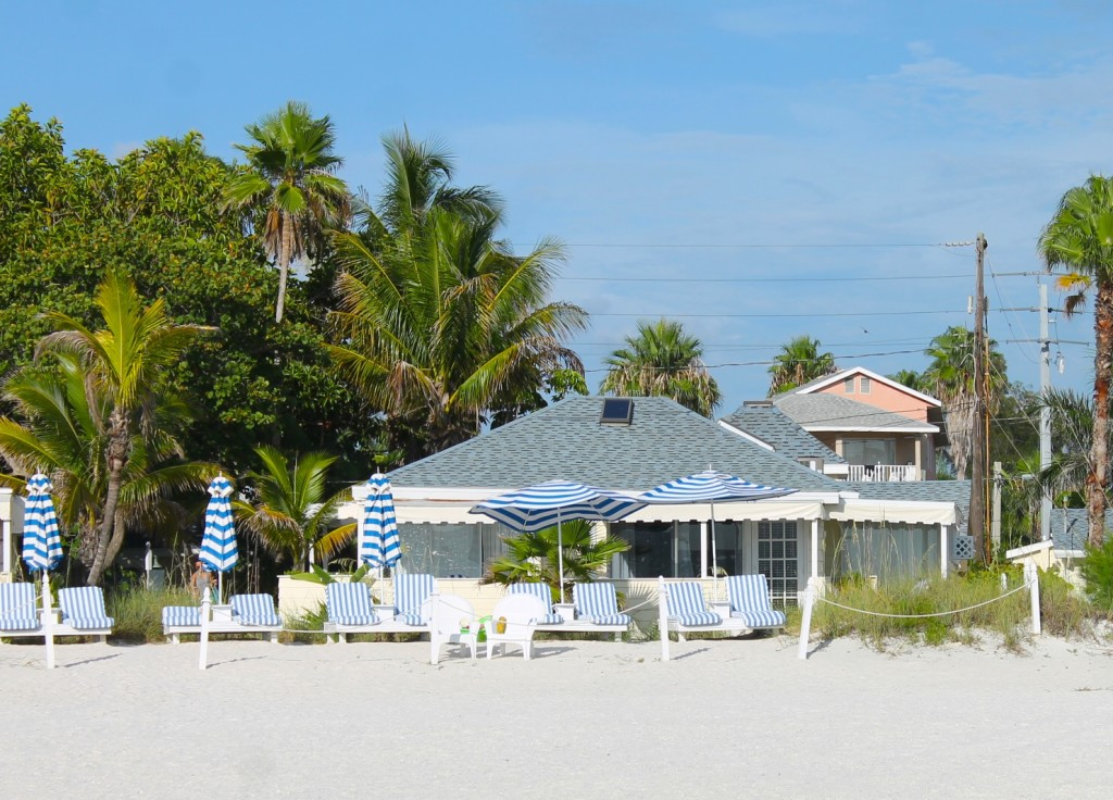 Bungalow Beach Resort in Anna Maria Island